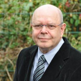 Gerichtsgutachter Dr. (mult.) Hans-Dieter Zoch